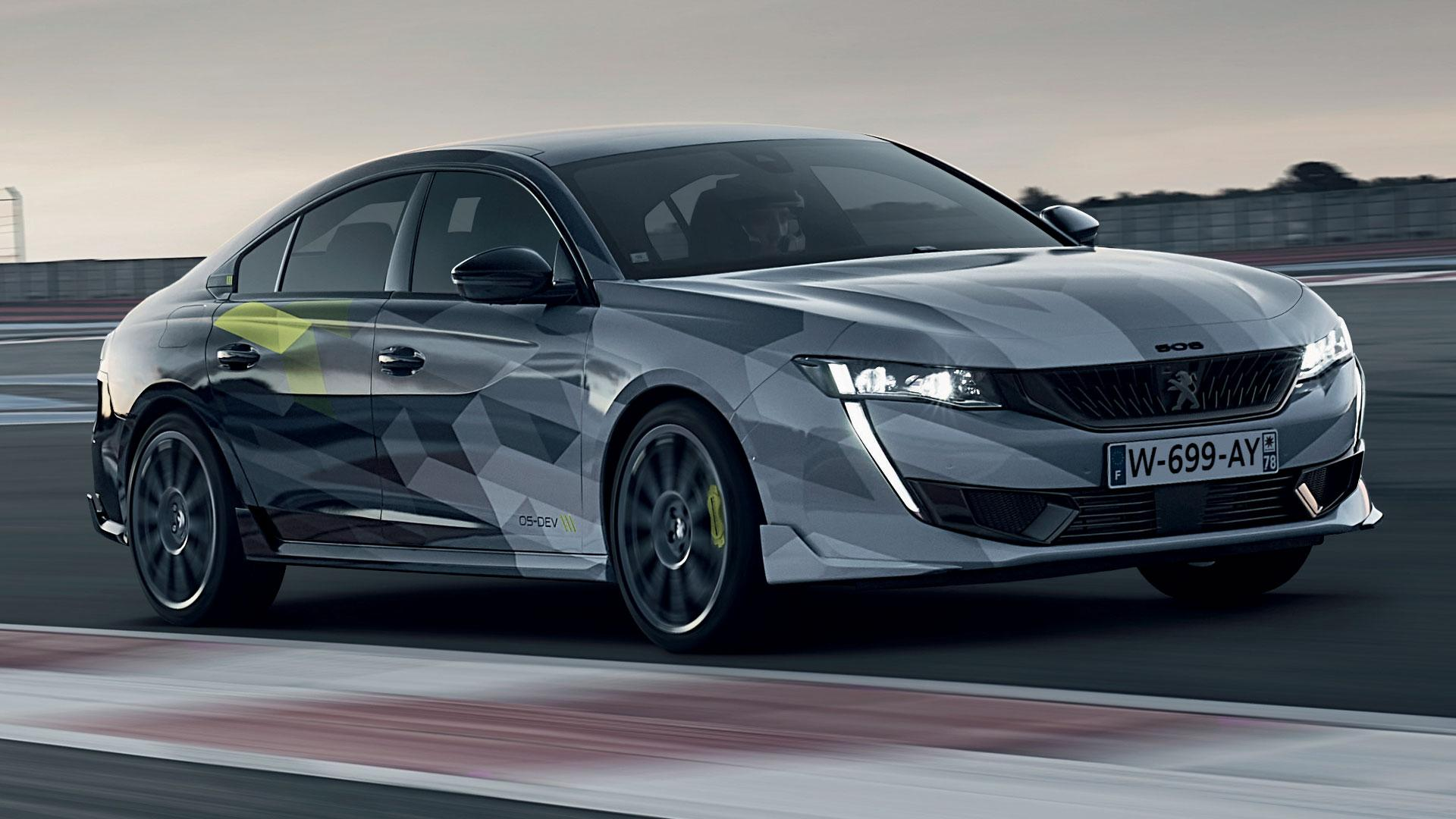 Peugeot 508 Sport Engineered op circuit