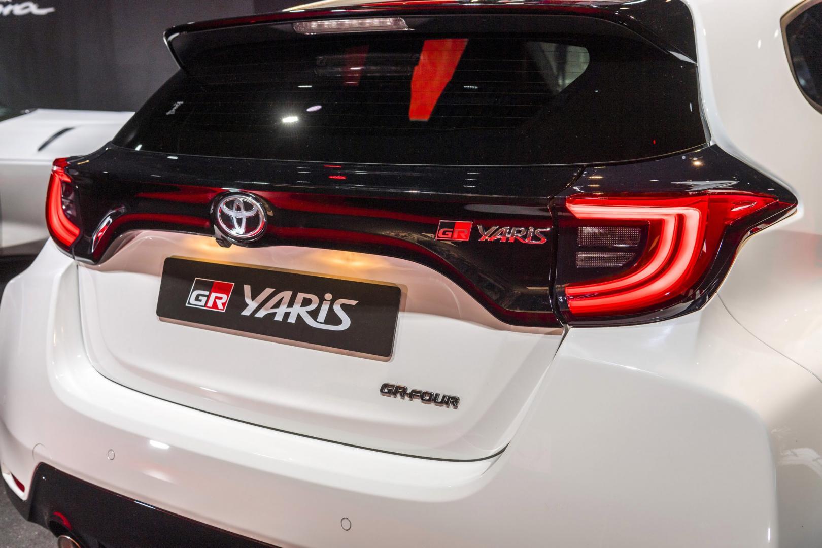 Achterkant en achterlichten Toyota GR Yaris