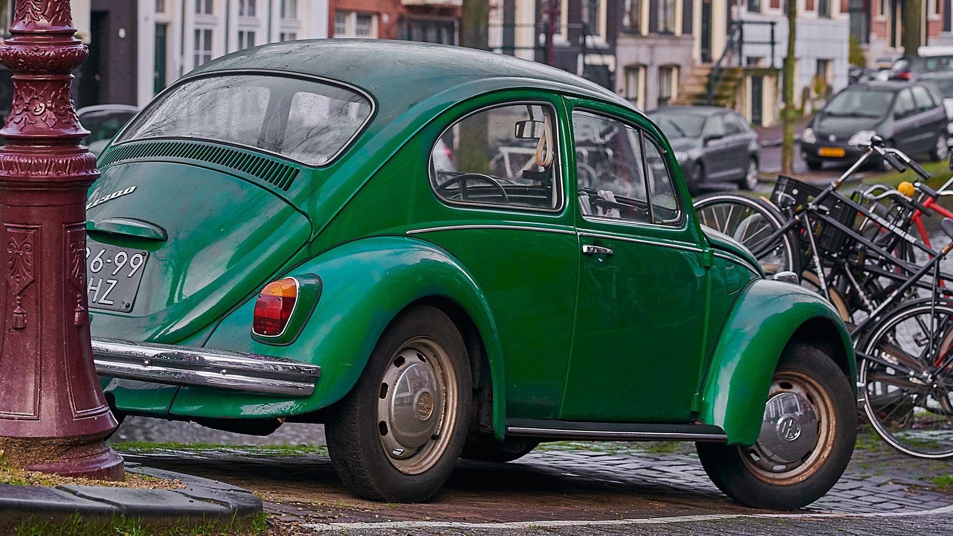 Groene Volkswagen Kever in Nederland