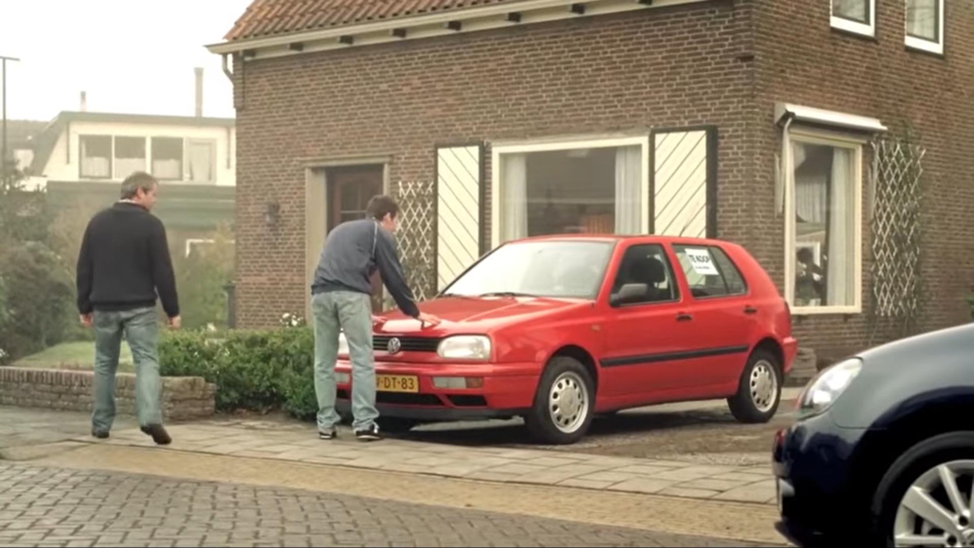 Volkswagen en het oude vrouwtje reclame beginshot