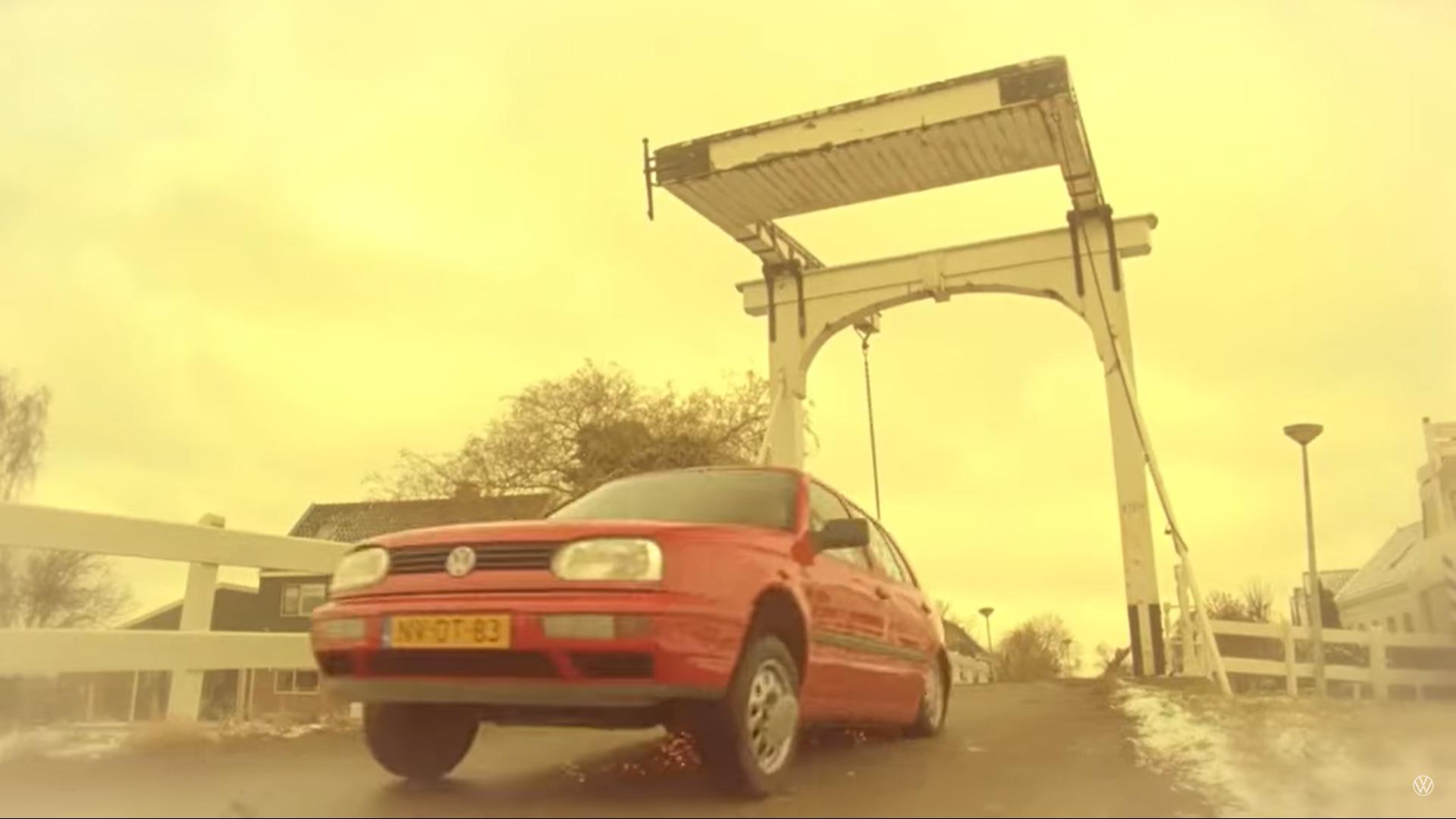 Volkswagen en het oude vrouwtje reclame landing