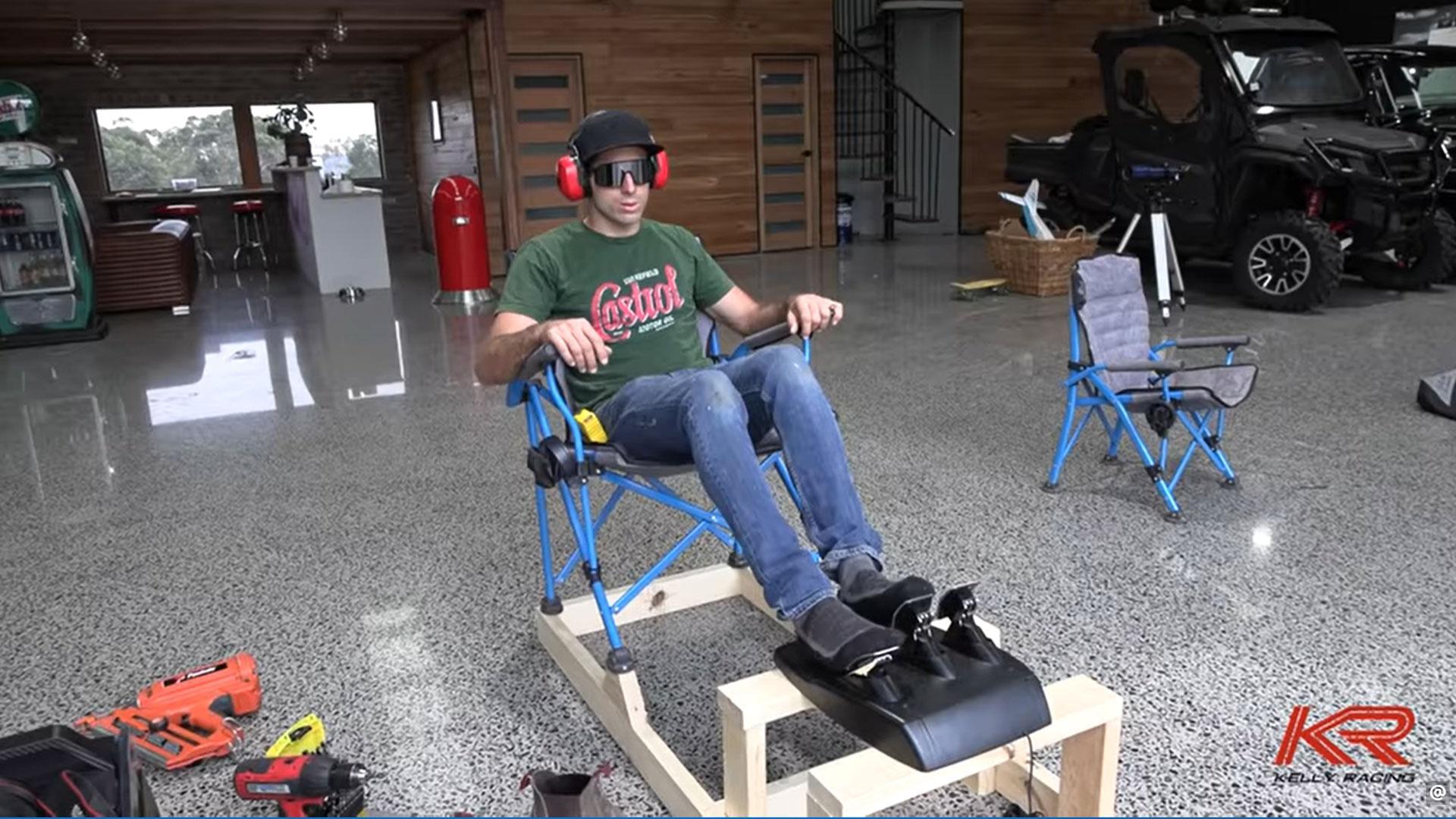Zelfbouw-racesimulator van hout