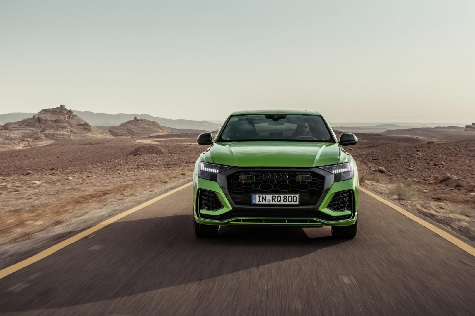 Audi RS Q8 in Java Green Groen