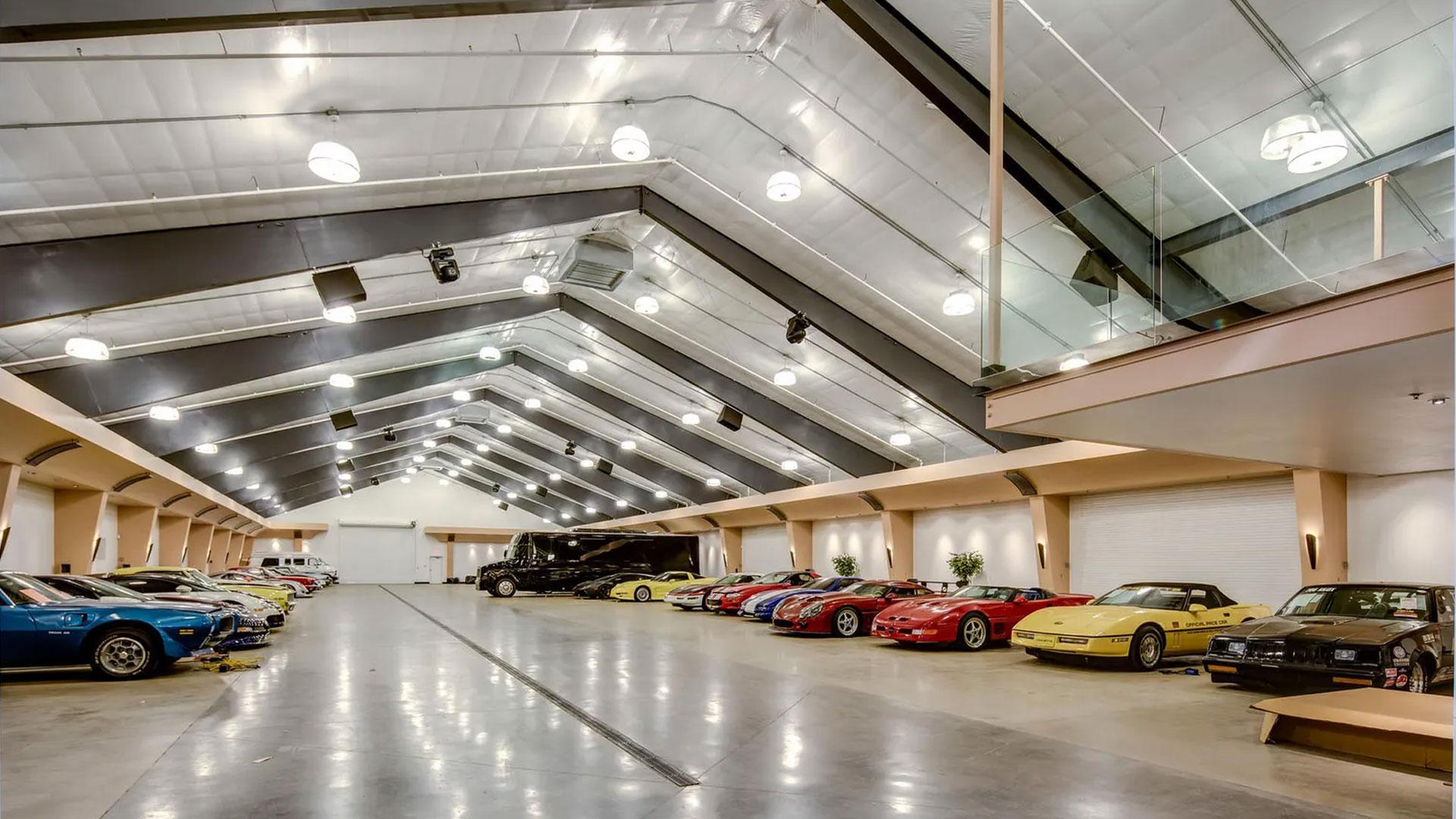 Garage voor 100 auto's