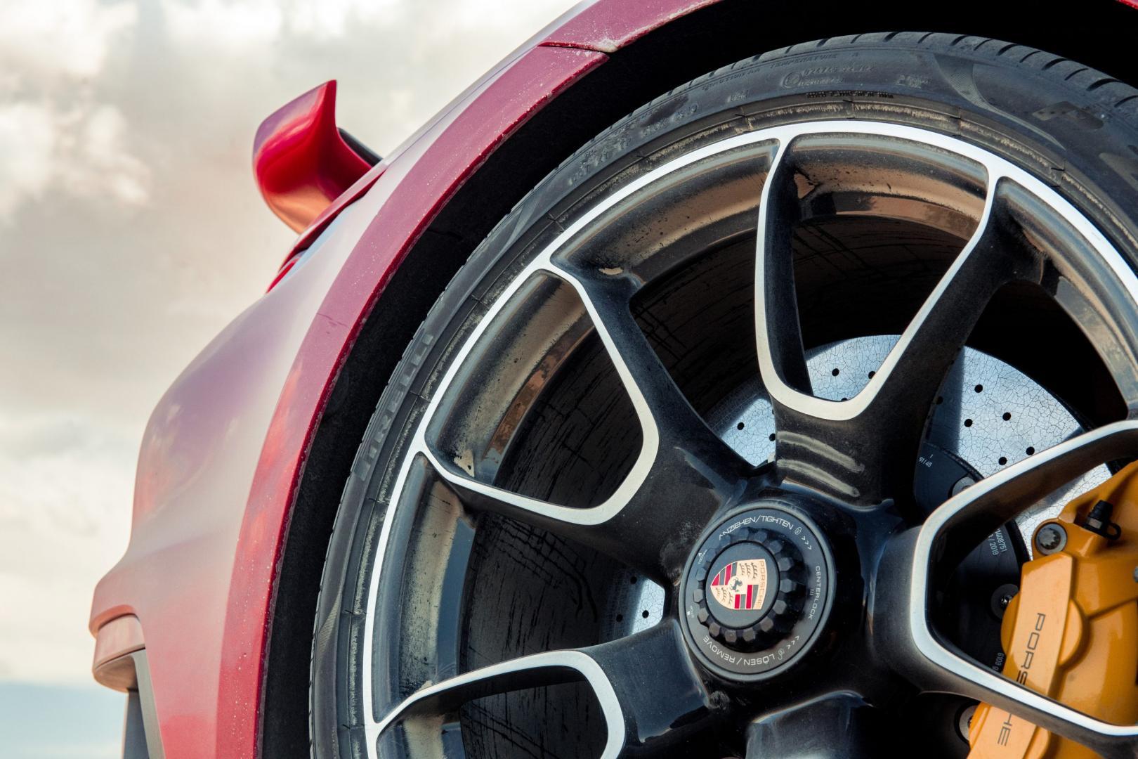 Keramische remmen en velgen Porsche 911 Turbo S 992
