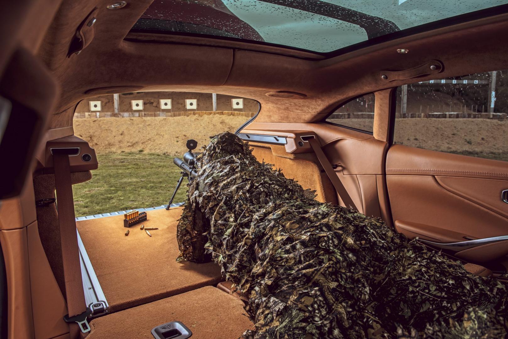 Aston Martin DBX 2020 sluipschutter