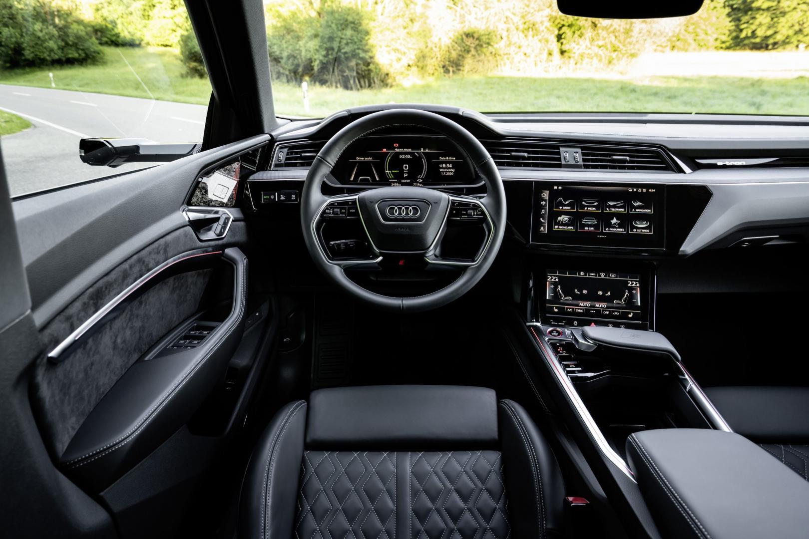 Interieur en stuur Audi e-tron S Sportback (2020) (Rood)