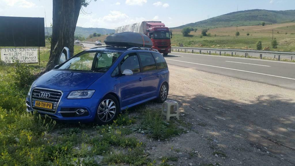 Seat Alhambra met Audi-neus R5
