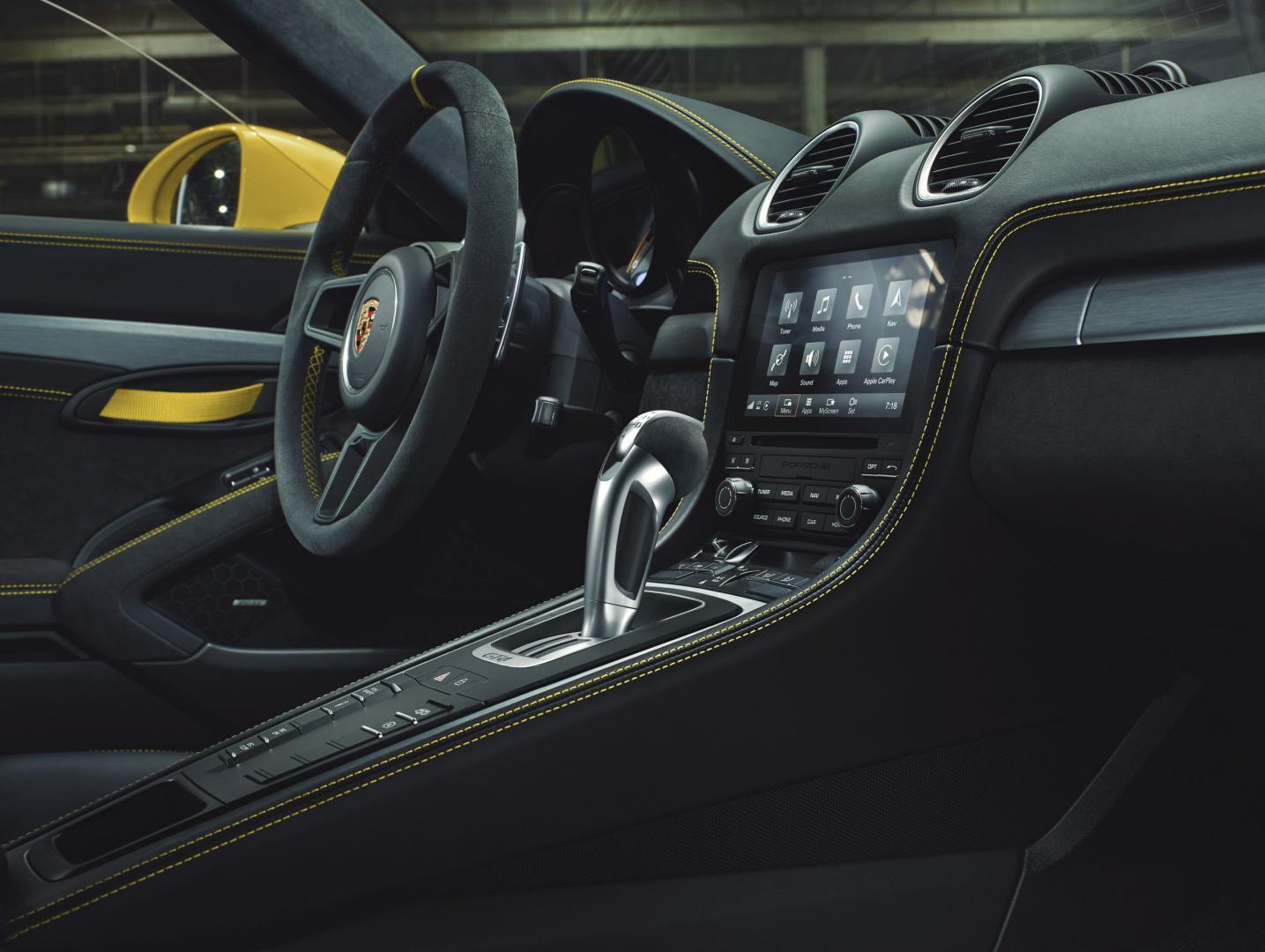 Porsche 718 Cayman GTS PDK