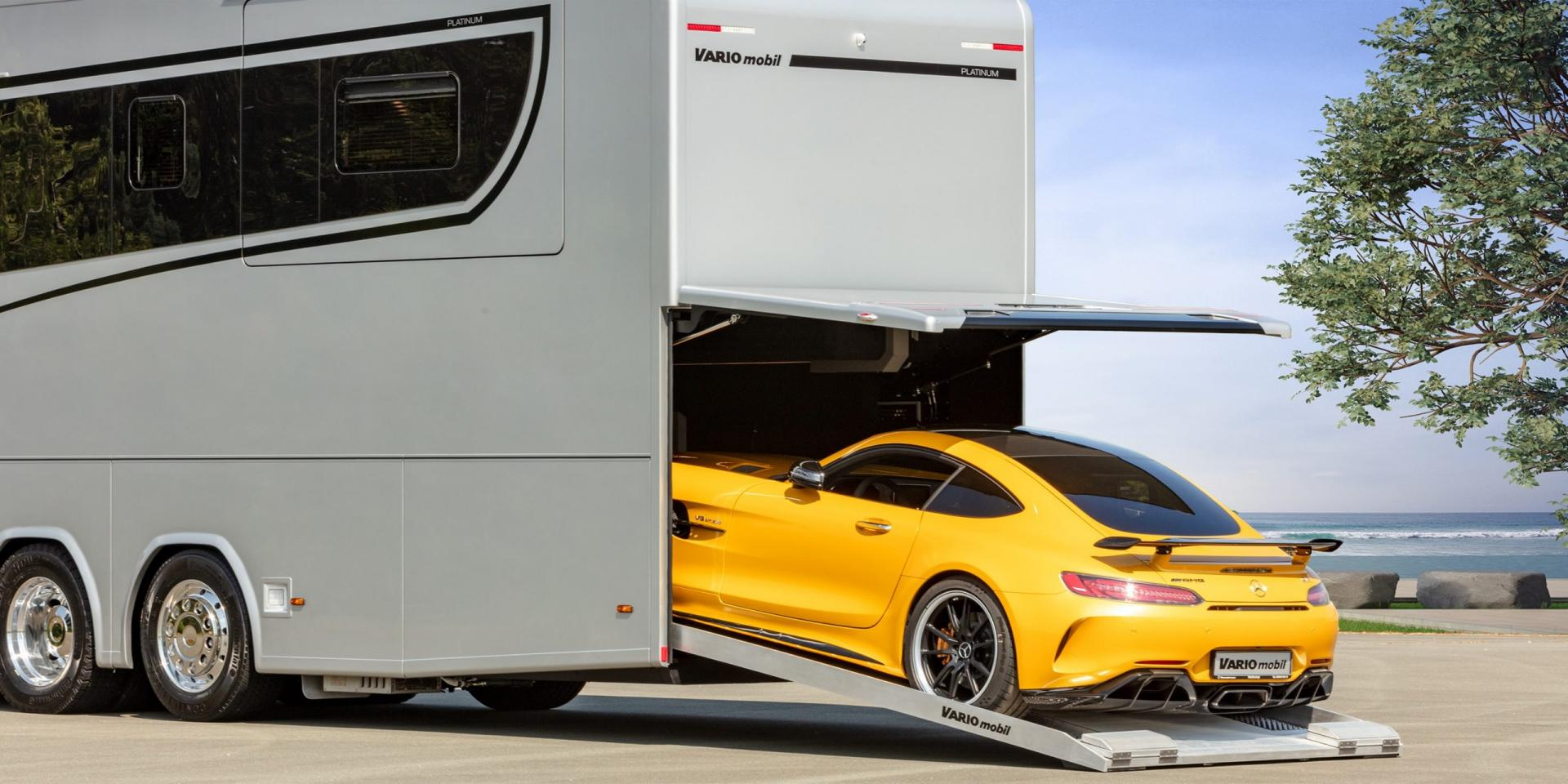 Variomobil Perfect 1200 Platinum met garage en Mercedes-AMG GT