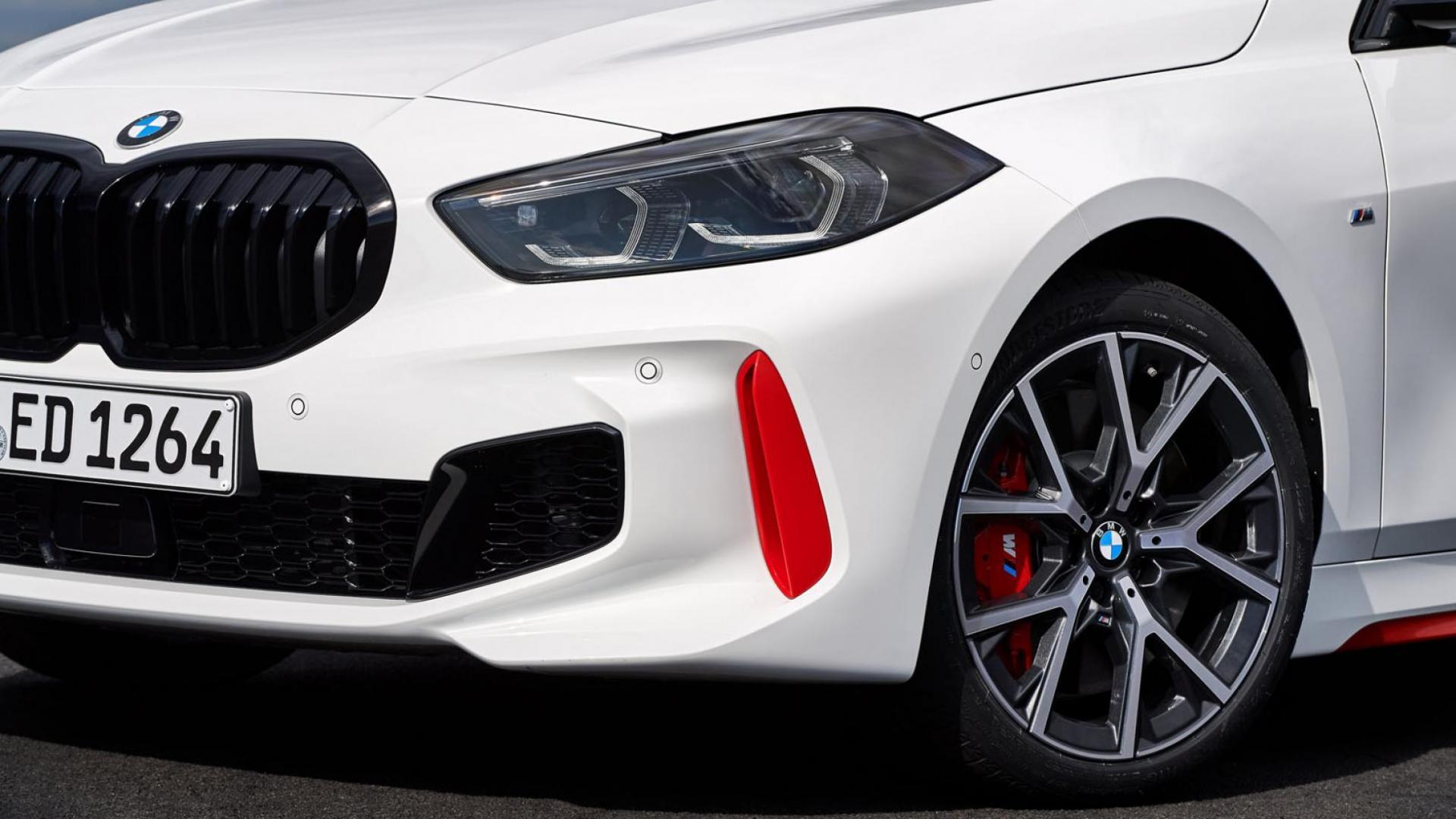 Bumper detail BMW 128ti
