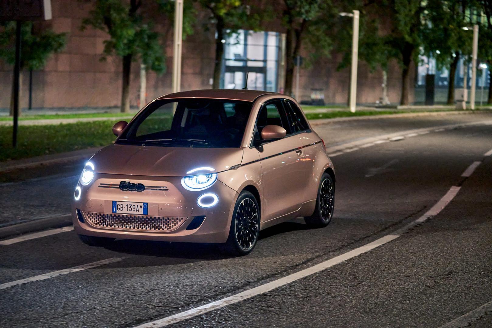Elektrische Fiat 500 3+1 (2020)