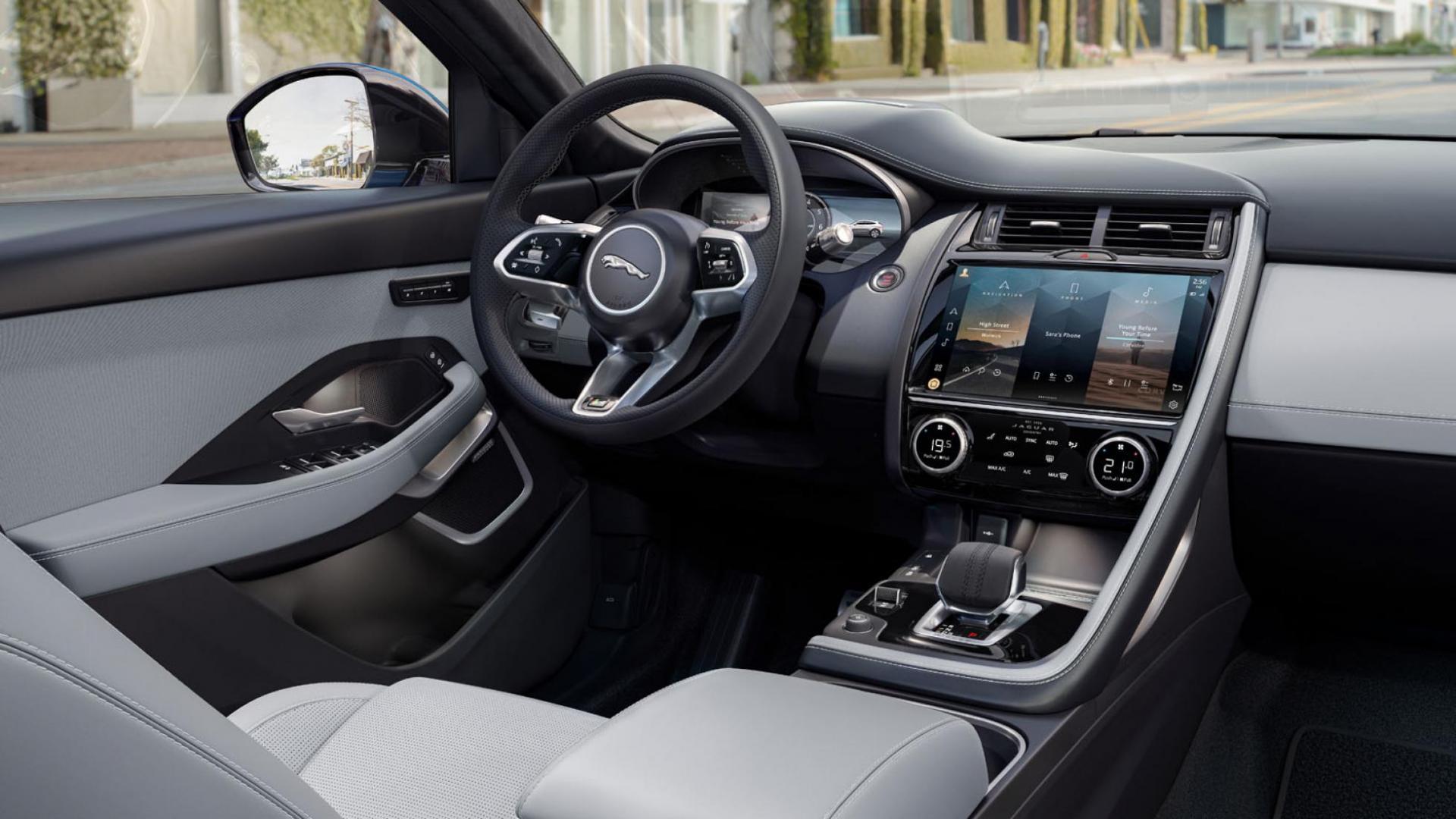 Interieur, pook en dashboard van de Jaguar E-Pace facelift 2020