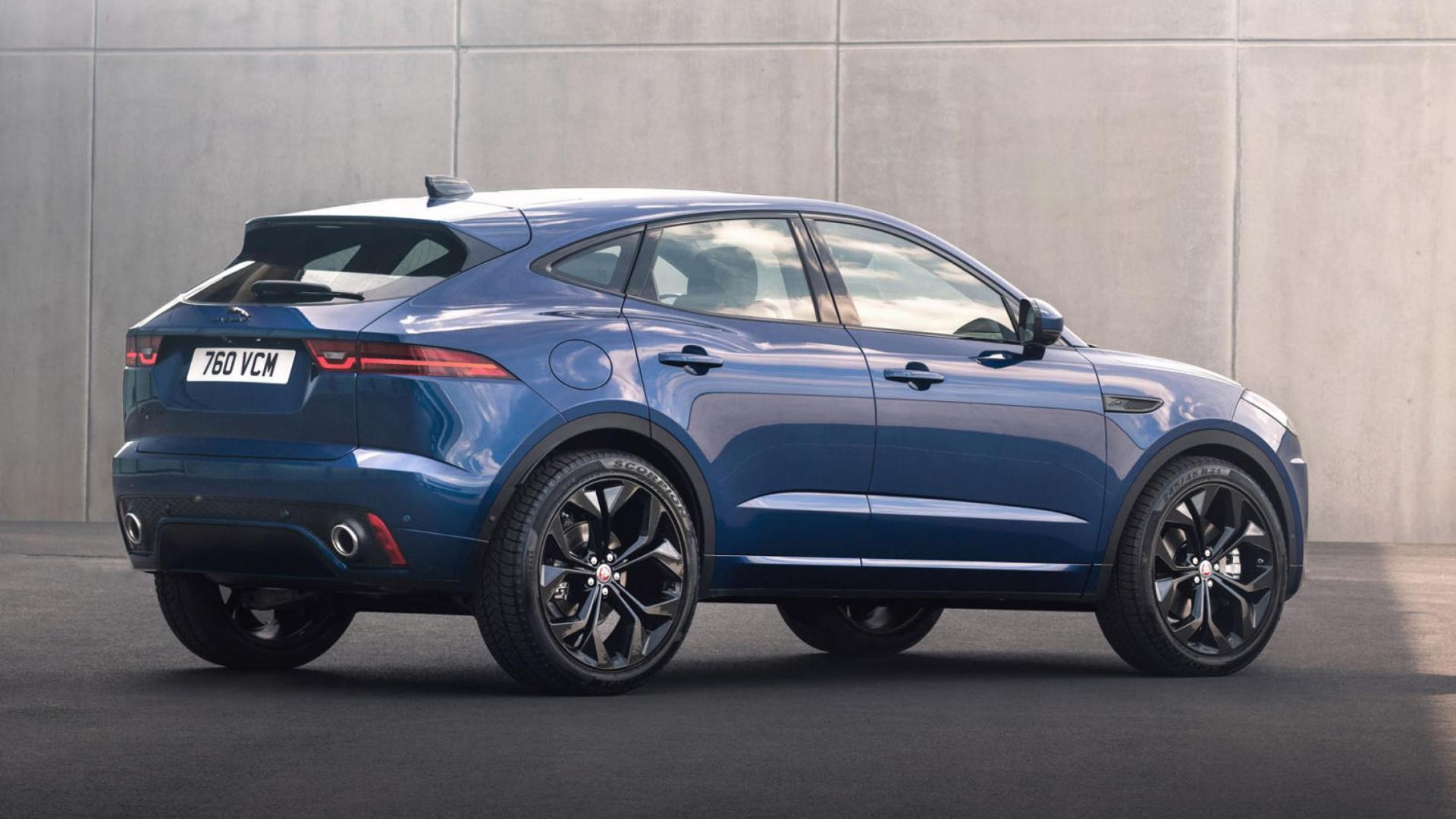 Achterkant Jaguar E-Pace facelift 2020
