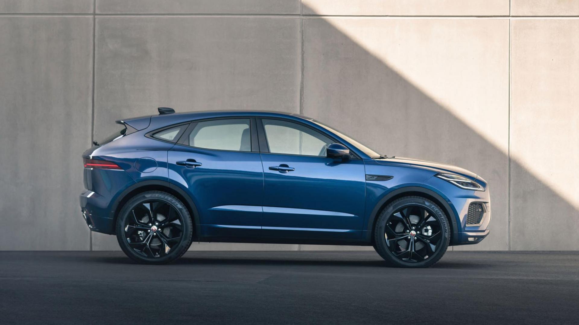 Zijkant Jaguar E-Pace facelift 2020