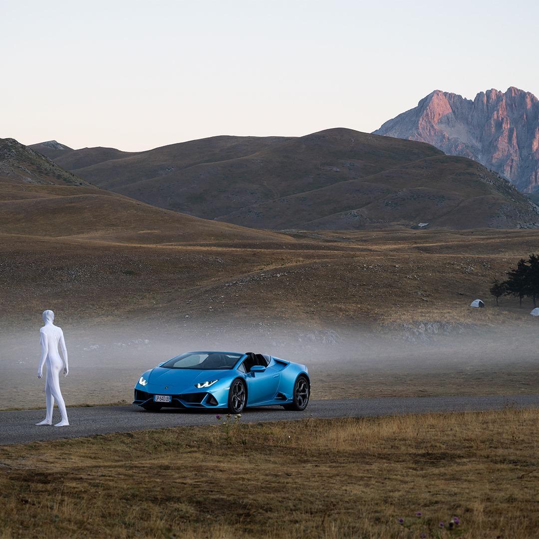 Alien bij Lamborghini Huracan Evo