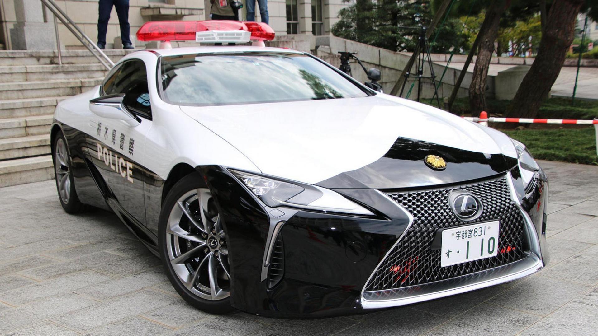 lexus lc 500 politieauto