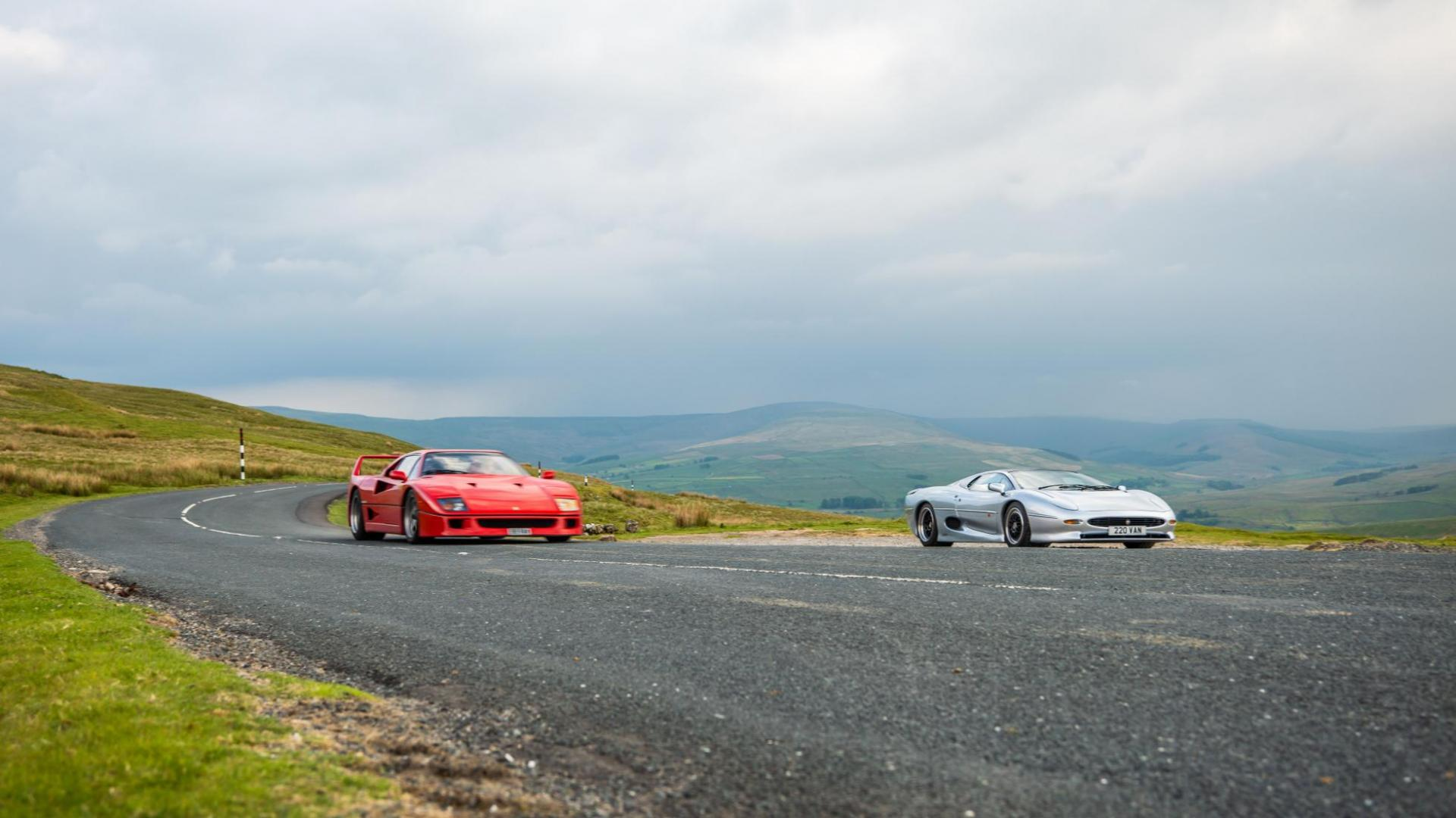 Ferrari F40 en Jaguar XJ220