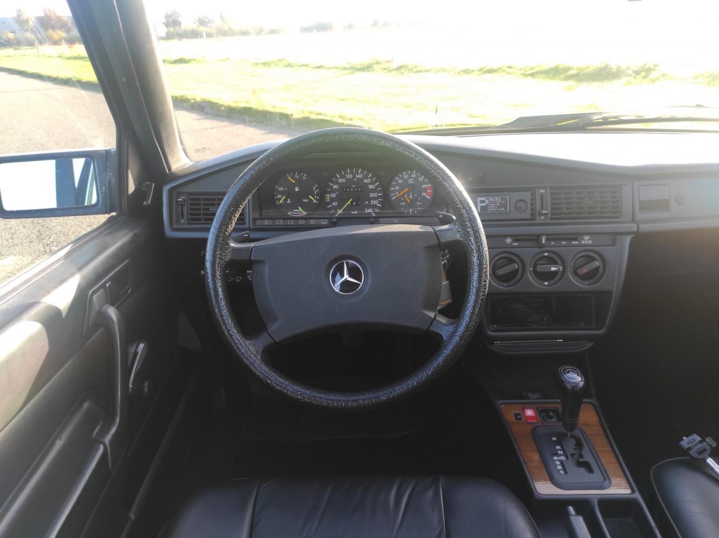 Mercedes 190E met V12 in Nederland