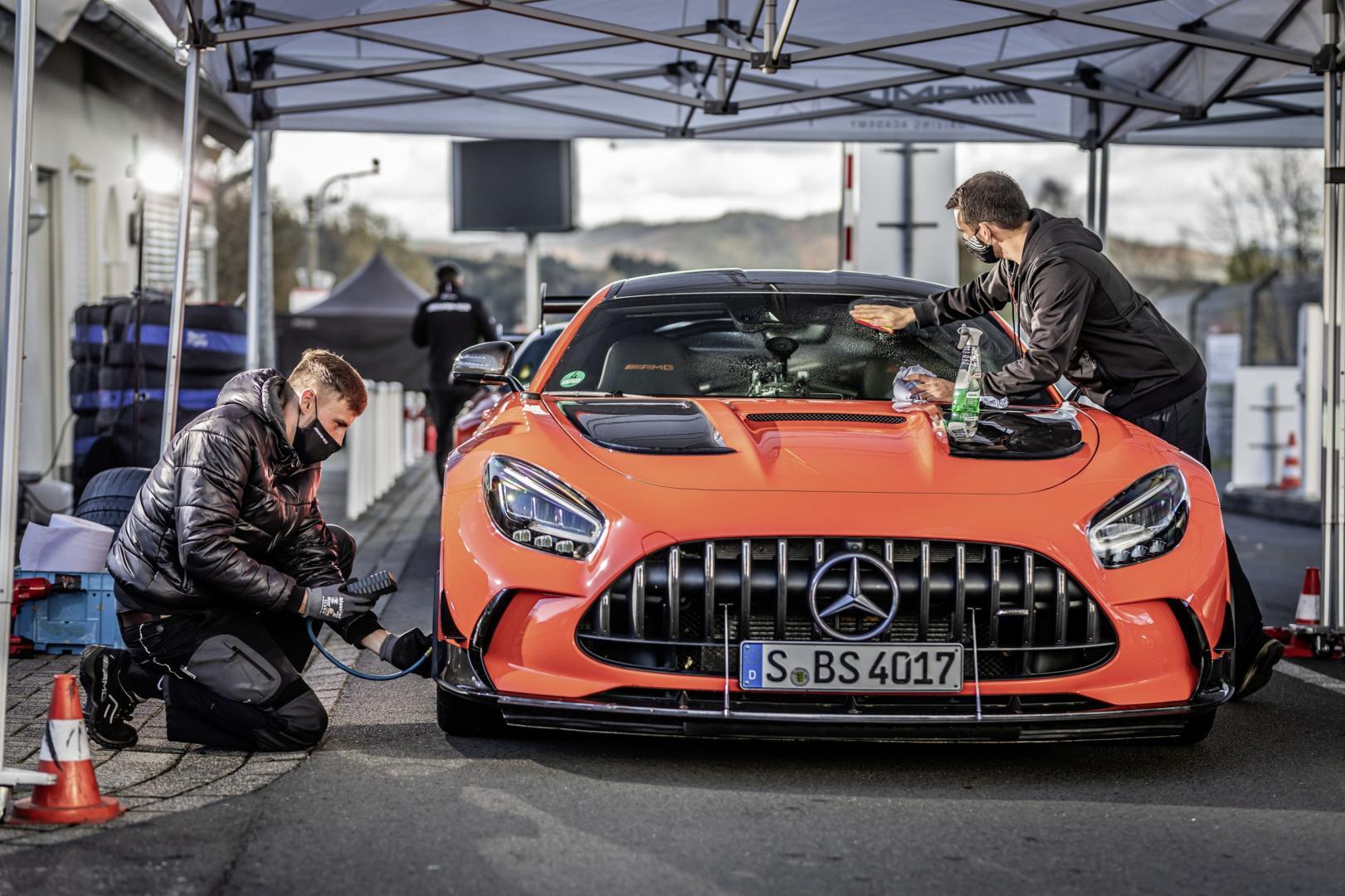 Mercedes-AMG GT Black Series grijpt Nürburgringrecord