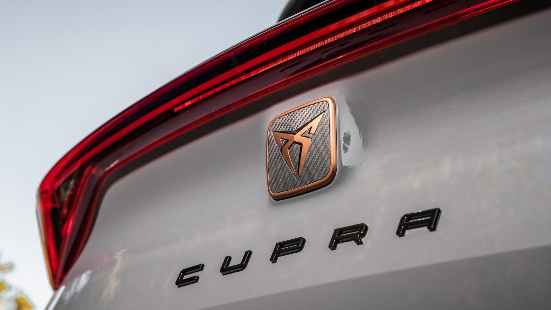 achterklep en badge Cupra Formentor VZ 2.0 TSI 310 4Drive