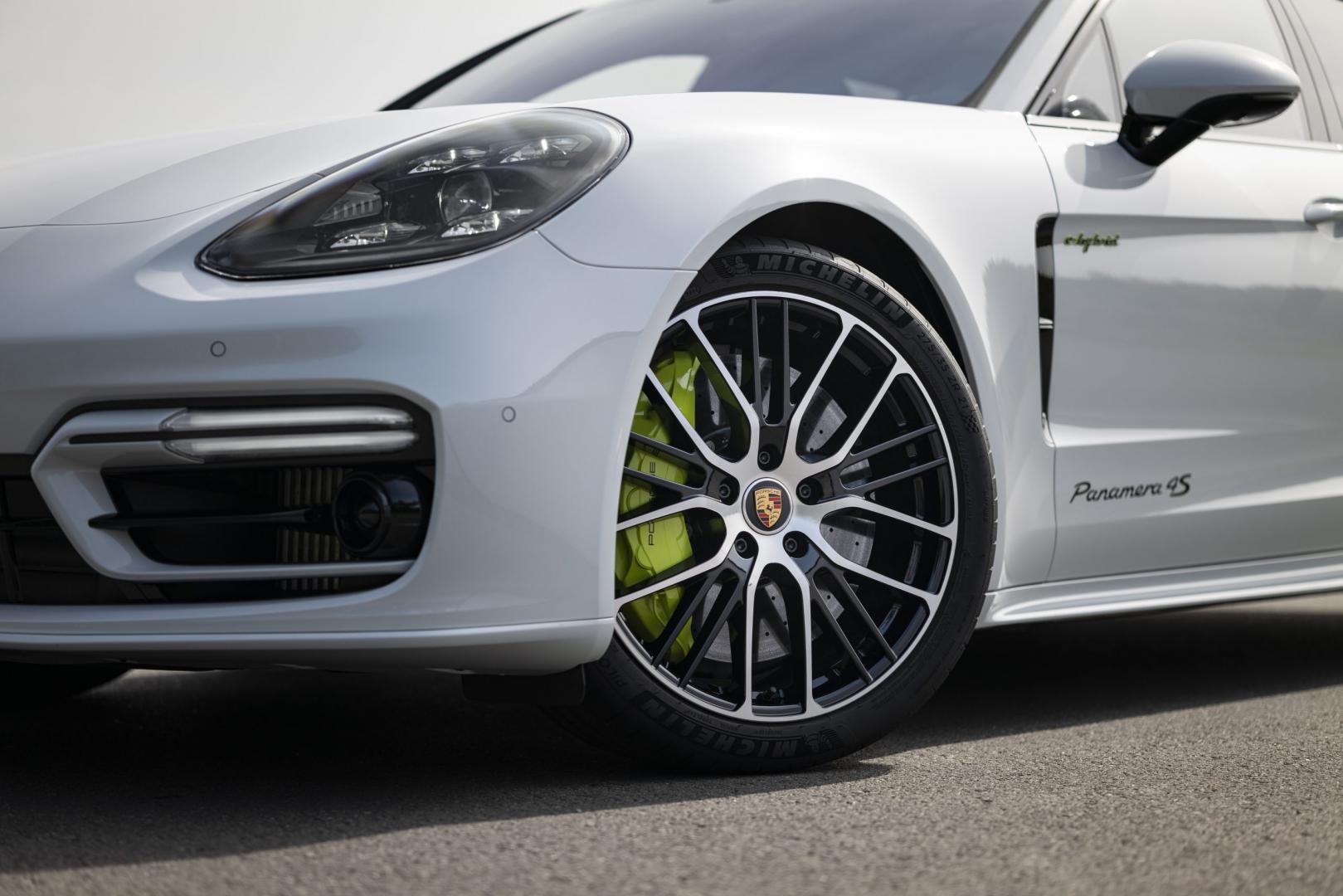 Velgen Porsche Panamera 4S E-Hybrid Sport Turismo