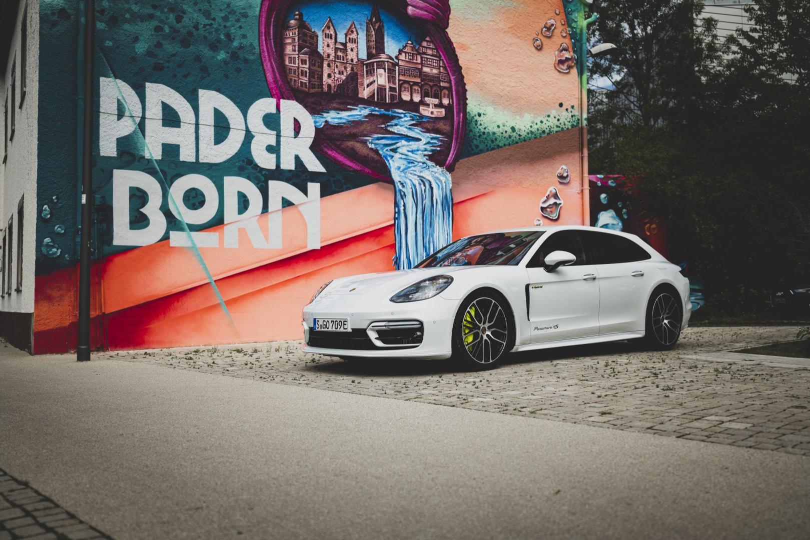 Porsche Panamera 4S E-Hybrid Sport Turismo