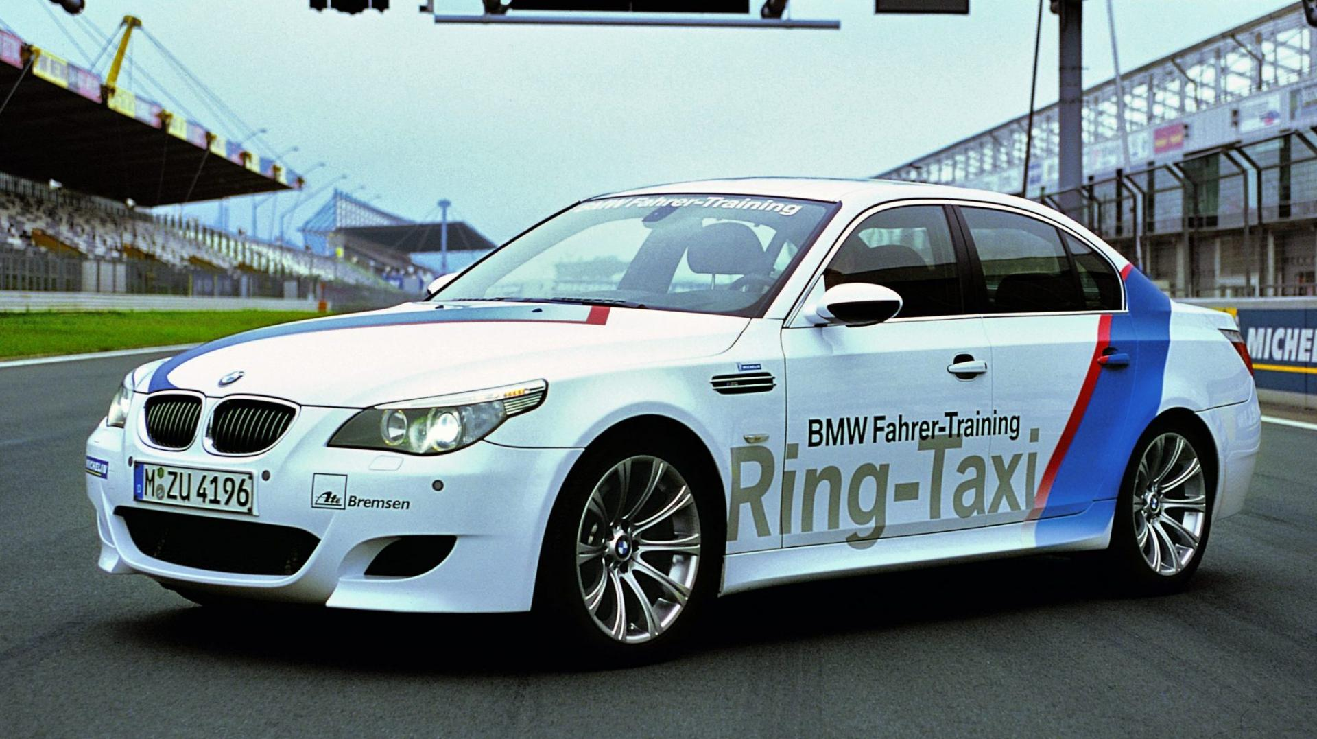 BMW M5 Ring-Taxi E60