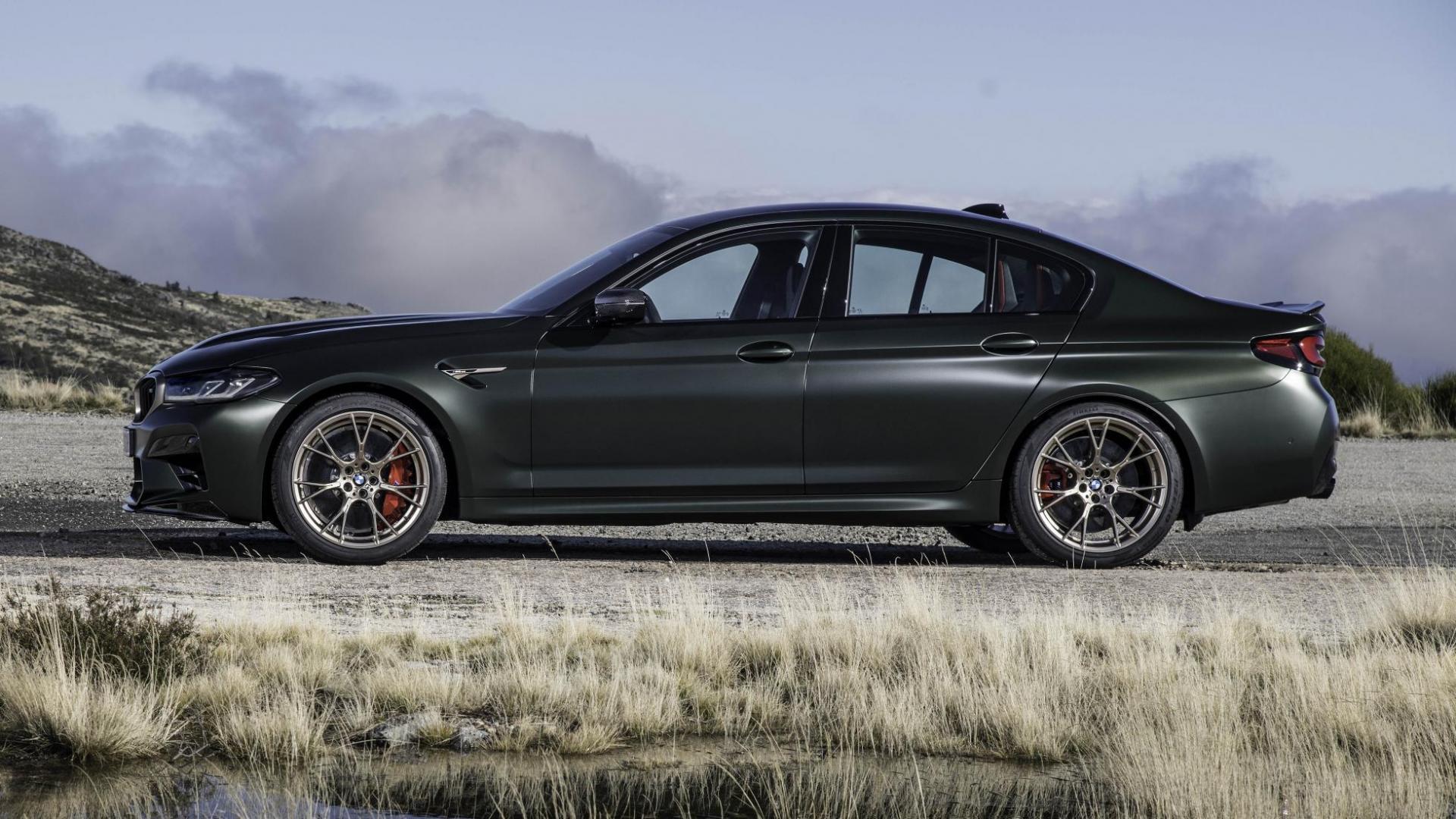 Zijkant BMW M5 CS 2021 (G30)