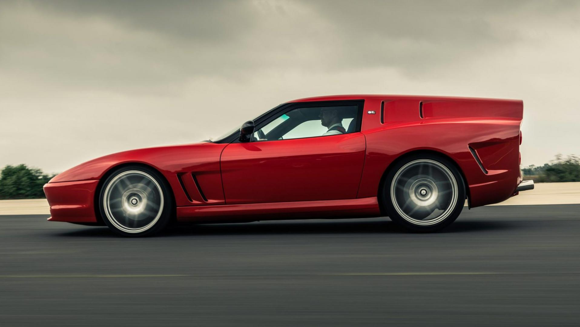 Zijkant en daklijn Breadvan Hommage is een Ferrari 550 Shooting Brake