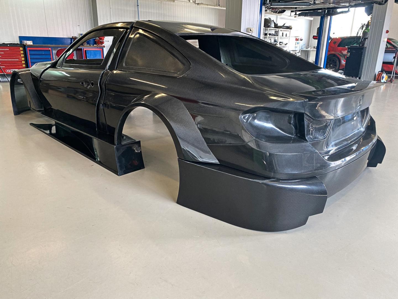 Volledig koolstofvezel BMW M4 is voor Nederland