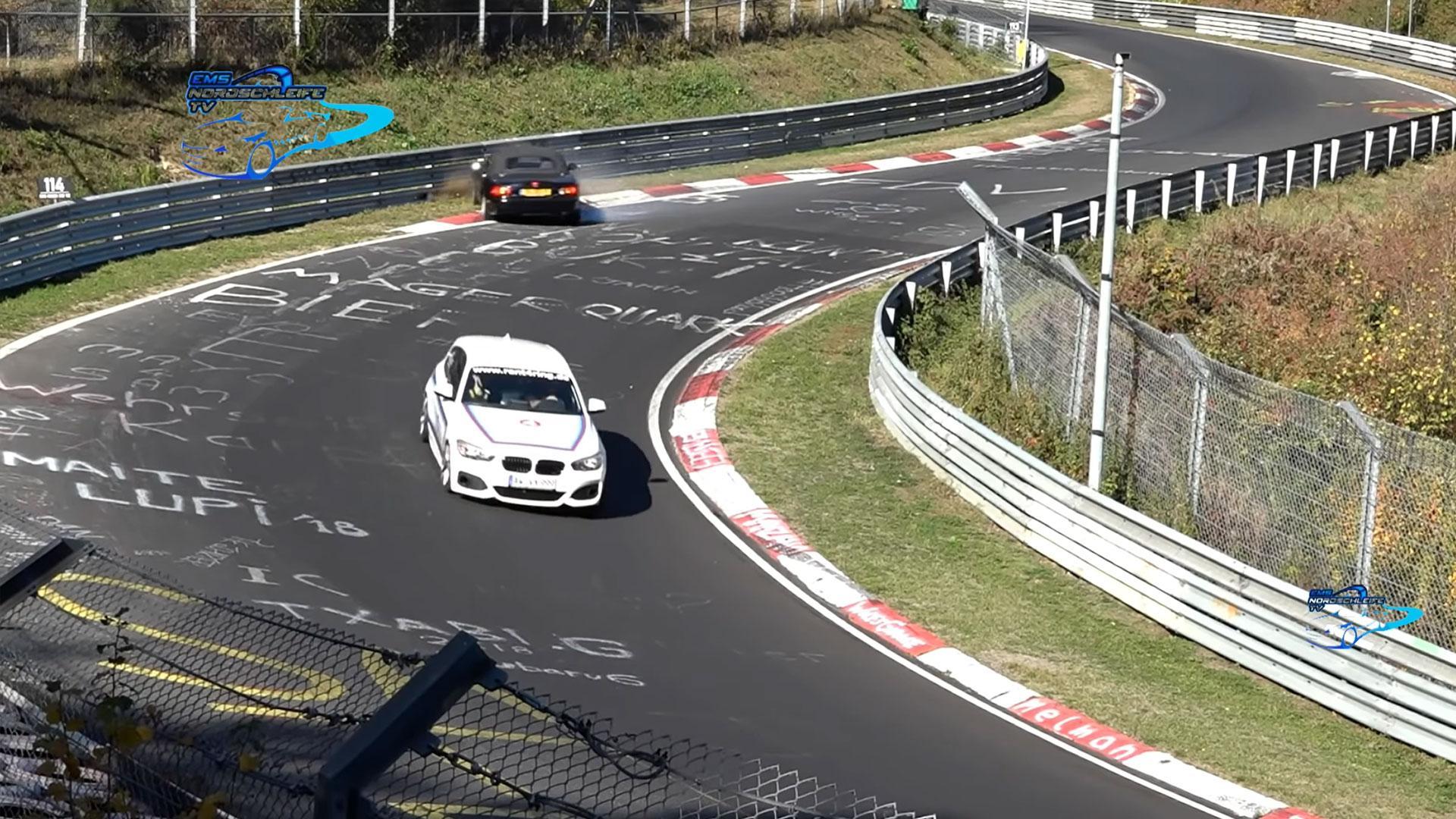 Mazda MX-5 NB op de Nurburgring crasht bijna
