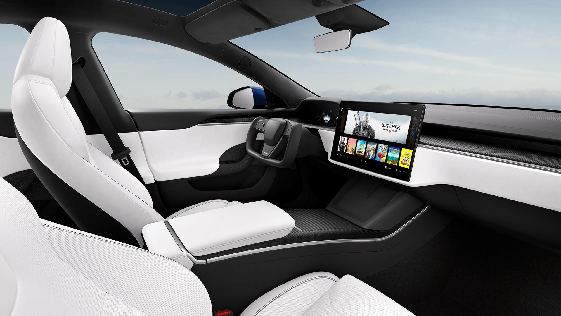 Halve stuur in de vernieuwde Tesla Model S (2021)