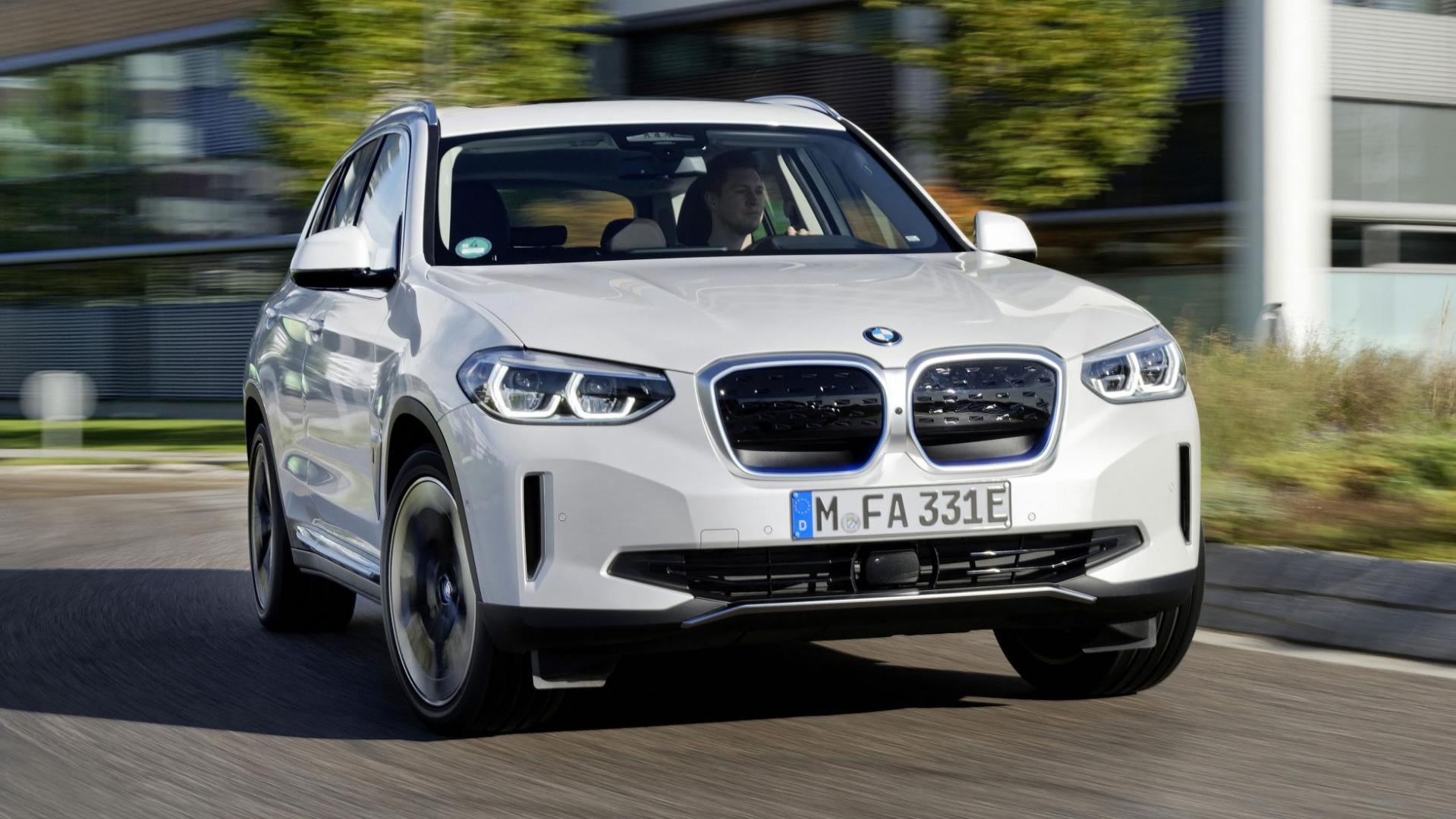 Voorkant BMW iX3