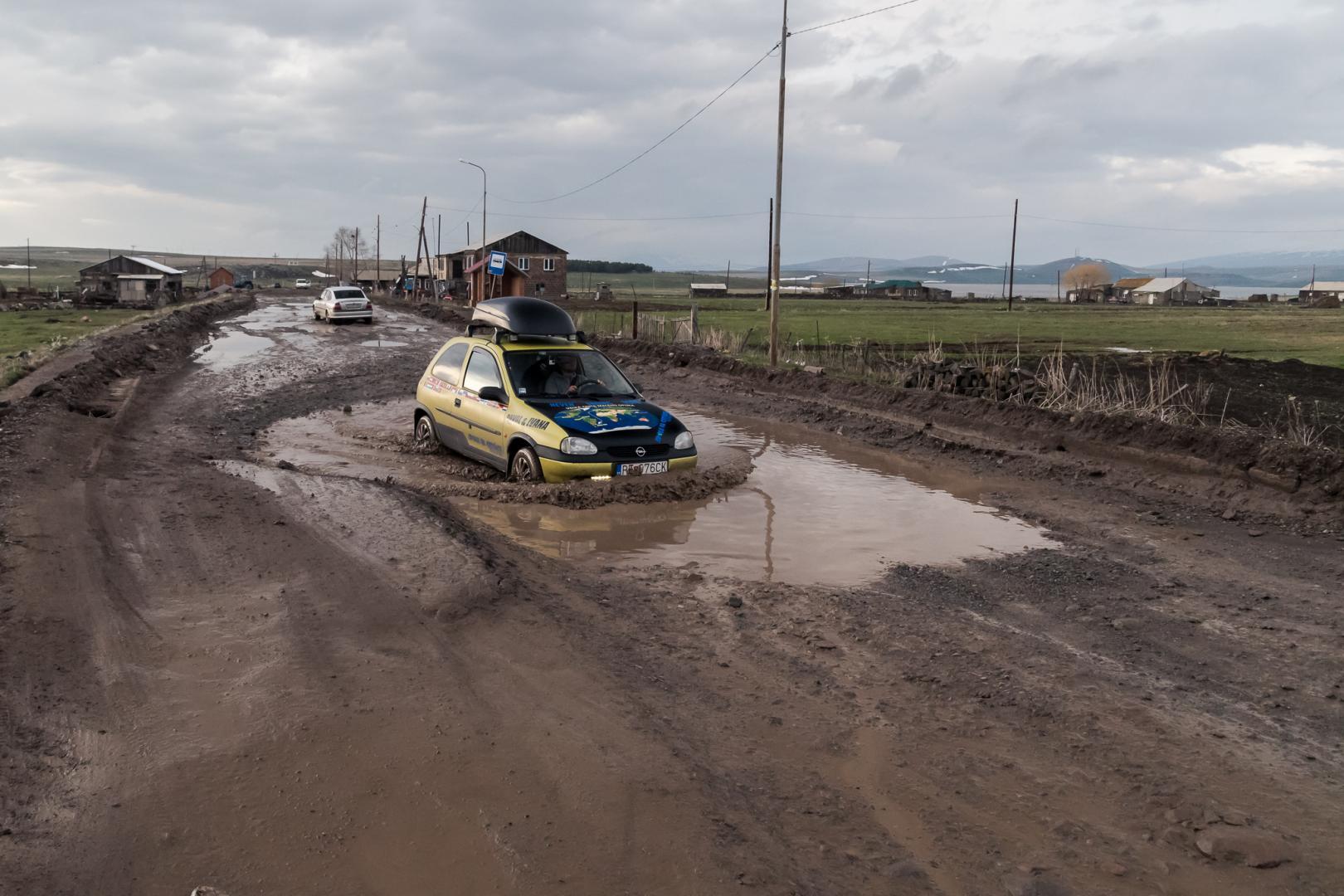 Opel Corsa in Georgie