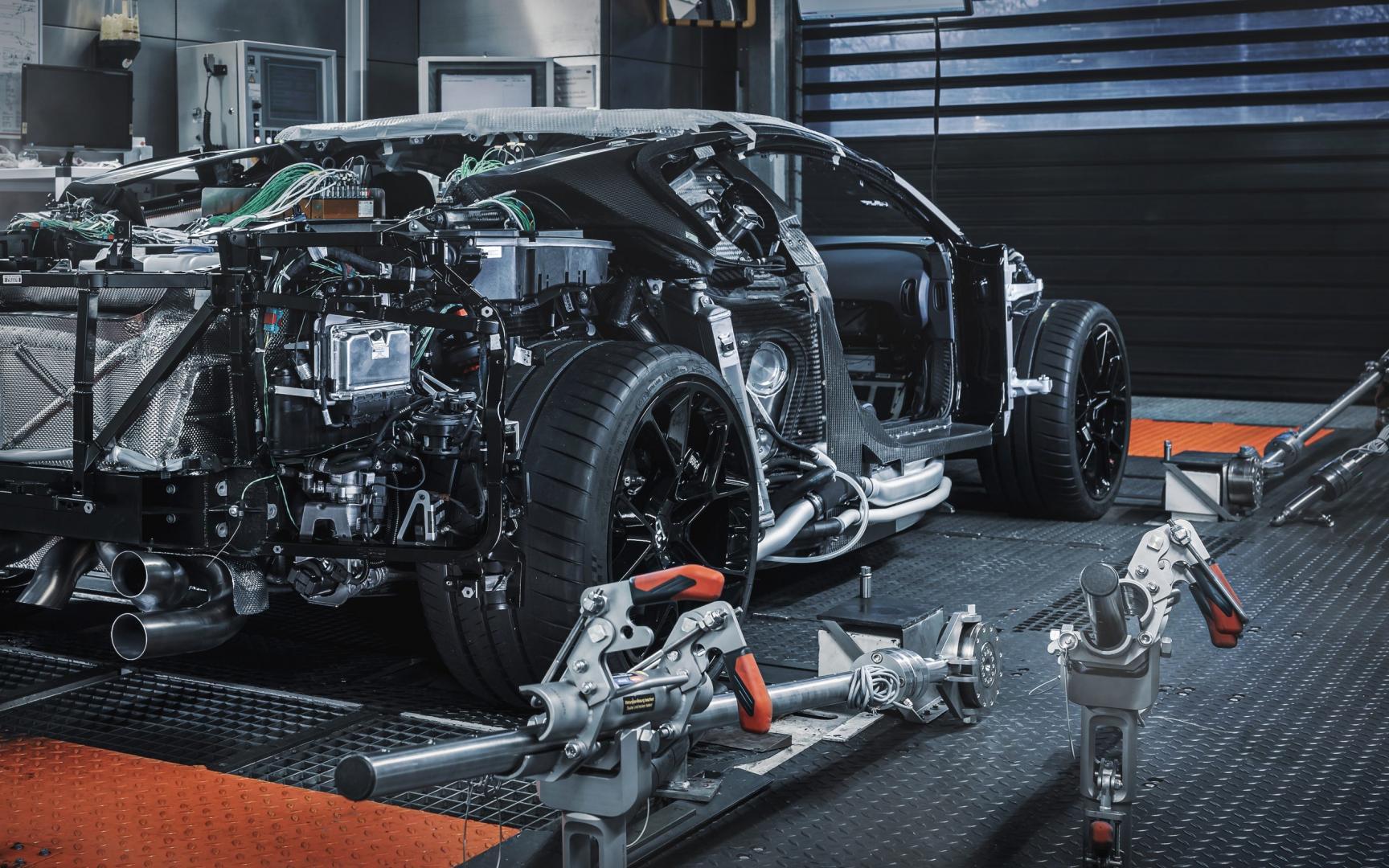 Bugatti Centodieci in het atelier in Molsheim
