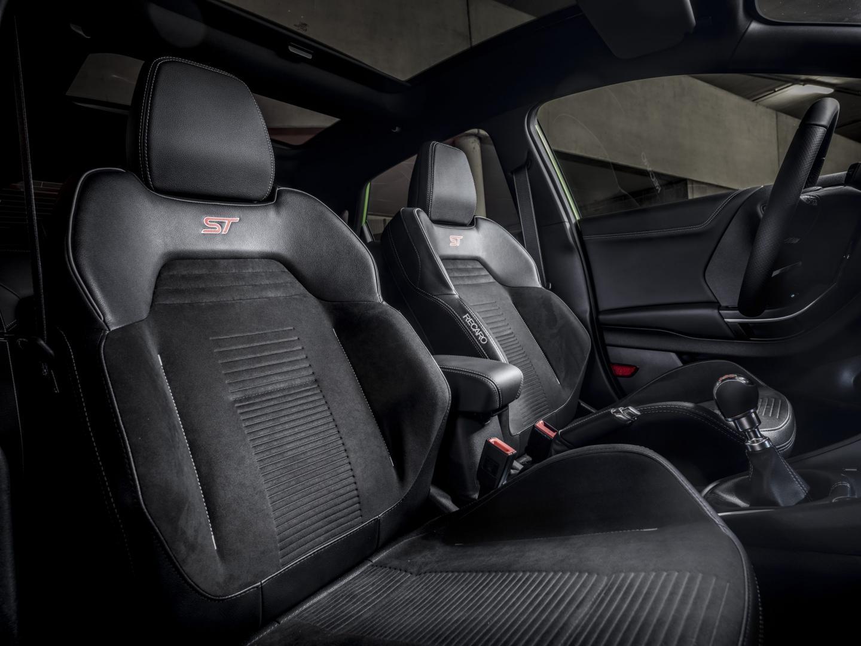 Stoelen Ford Puma ST (1.5 Ecoboost 200) Recaro