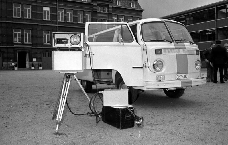 Volkswagen T2-busje voert snelheidscontroles uit met radar in België