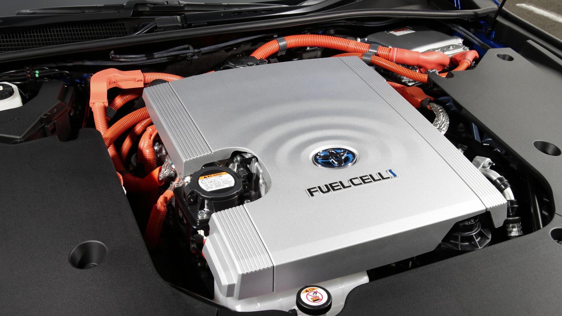 Fuelcell (motor) Toyota Mirai (2021) op waterstof