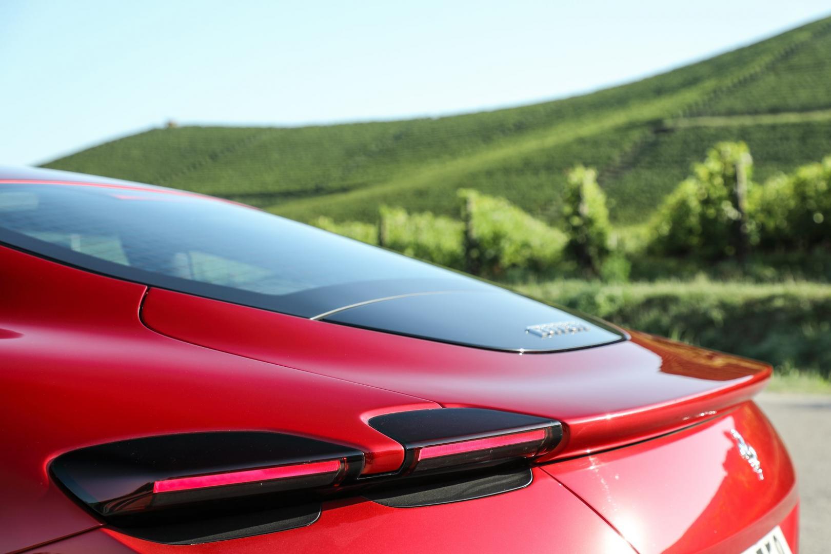 Achterlichten Ferrari Roma
