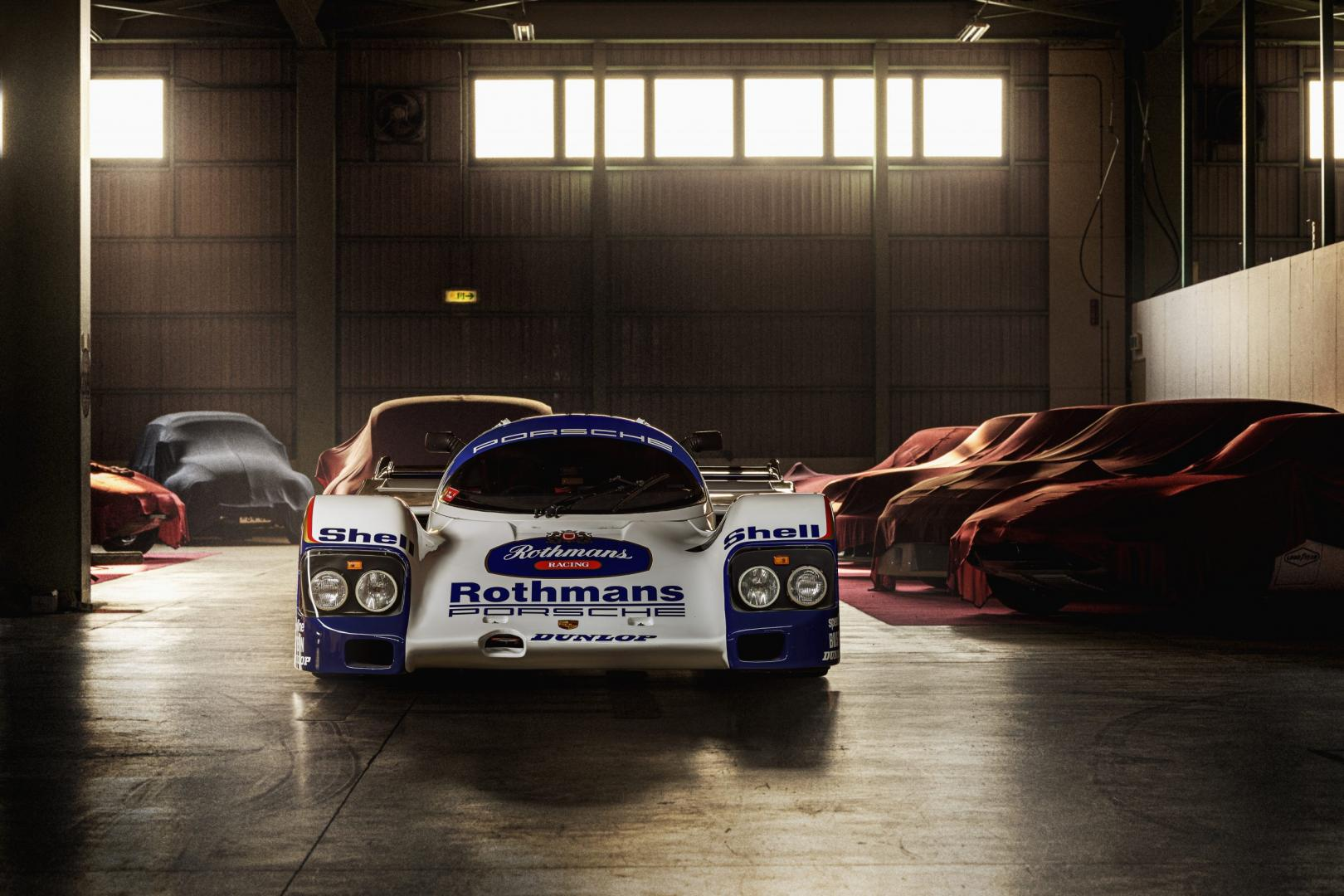 Schuppan Porsche 962CR
