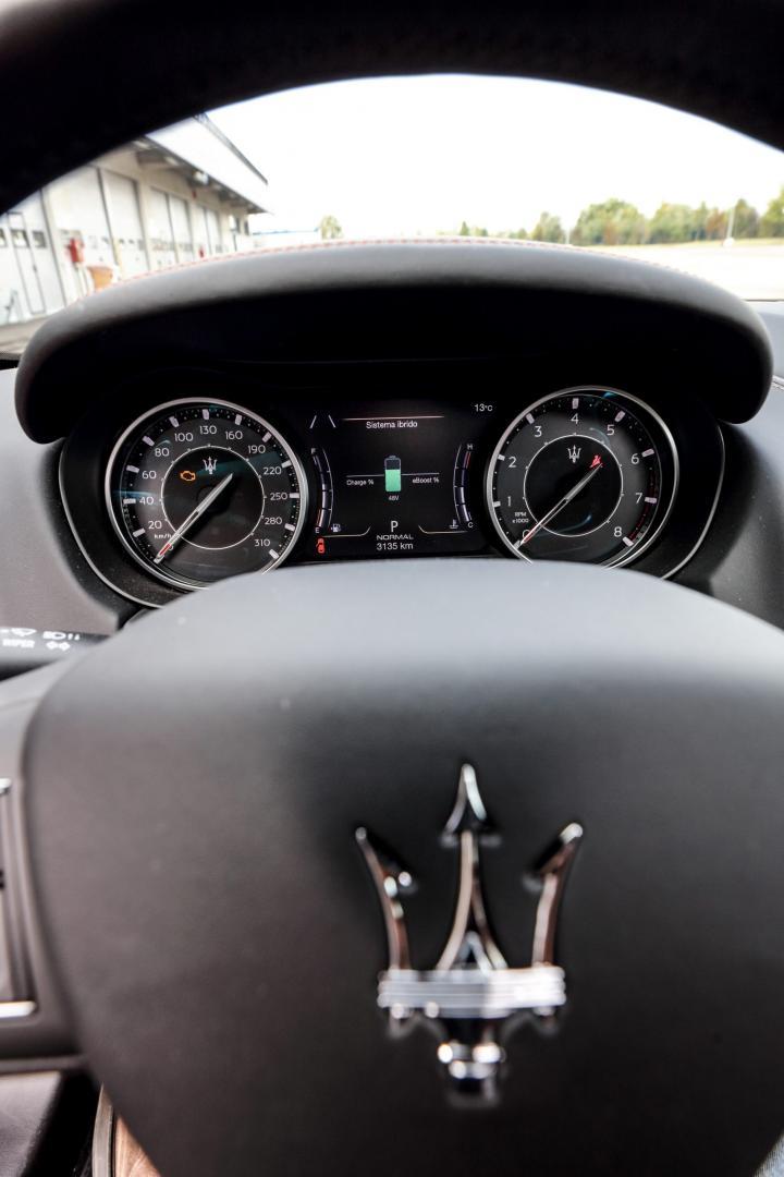 Stuur en tellers Maserati Ghibli Hybrid