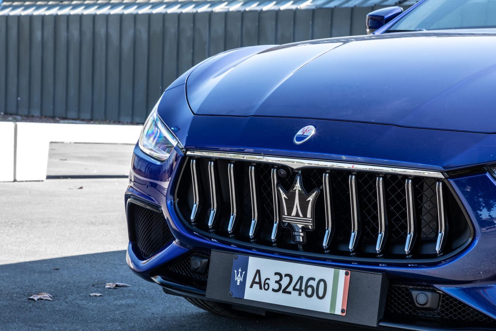 Grille Maserati Ghibli Hybrid