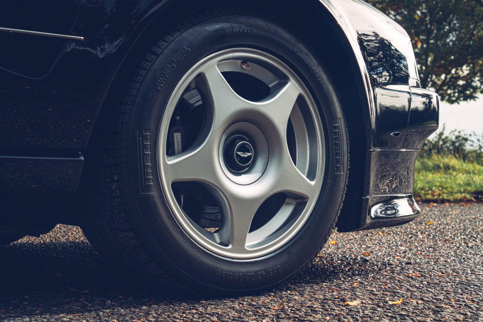Wiel Aston Martin Vantage V600