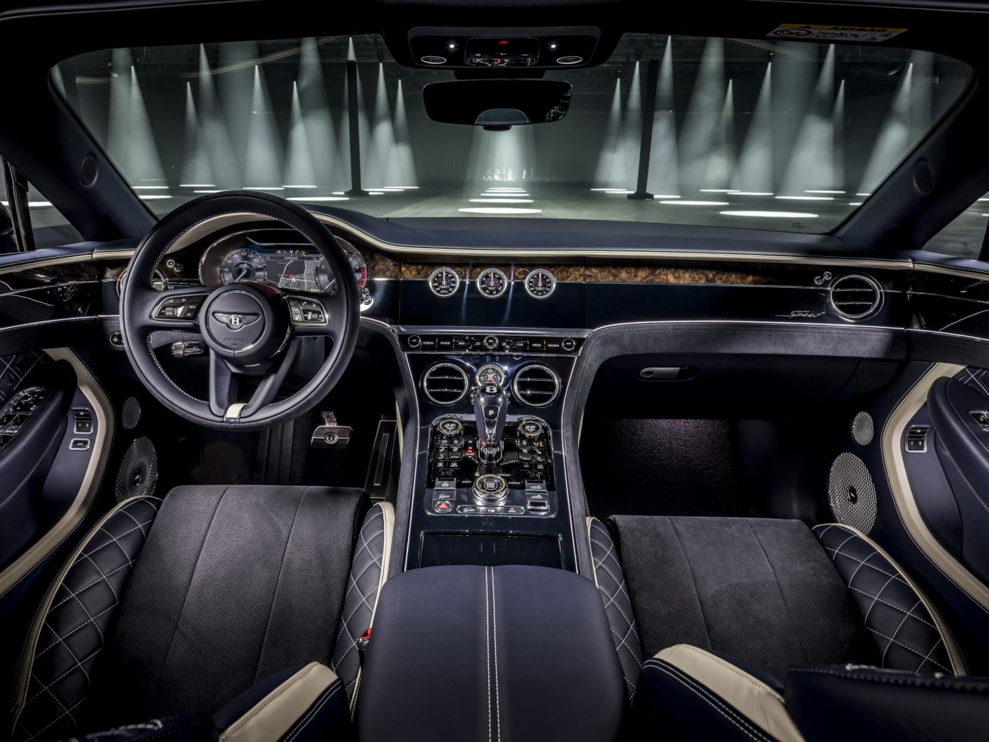Dashboard Bentley Continental GT Speed Convertible