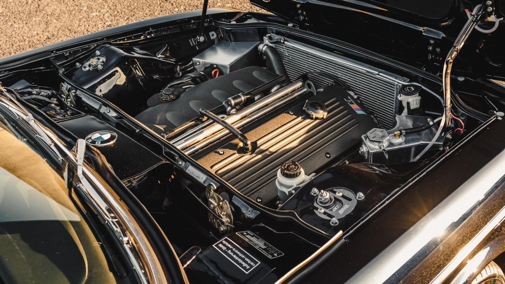 S54 zes-in-lijn in de BMW 2800 CS met M3-motor