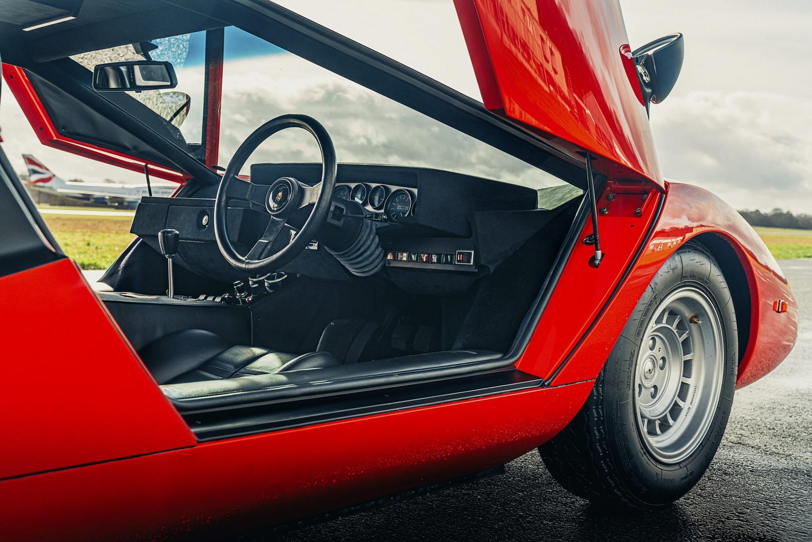 Lamborghini Countach (rood)
