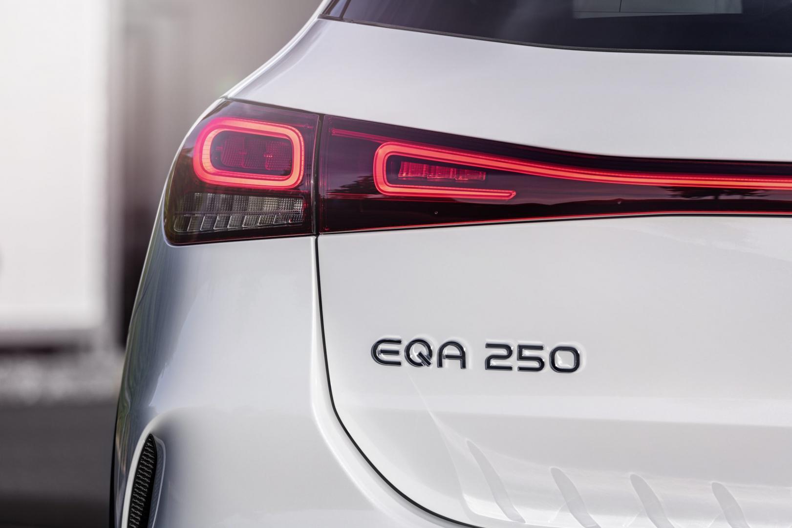 Achterlicht Mercedes EQA 250 (wit)