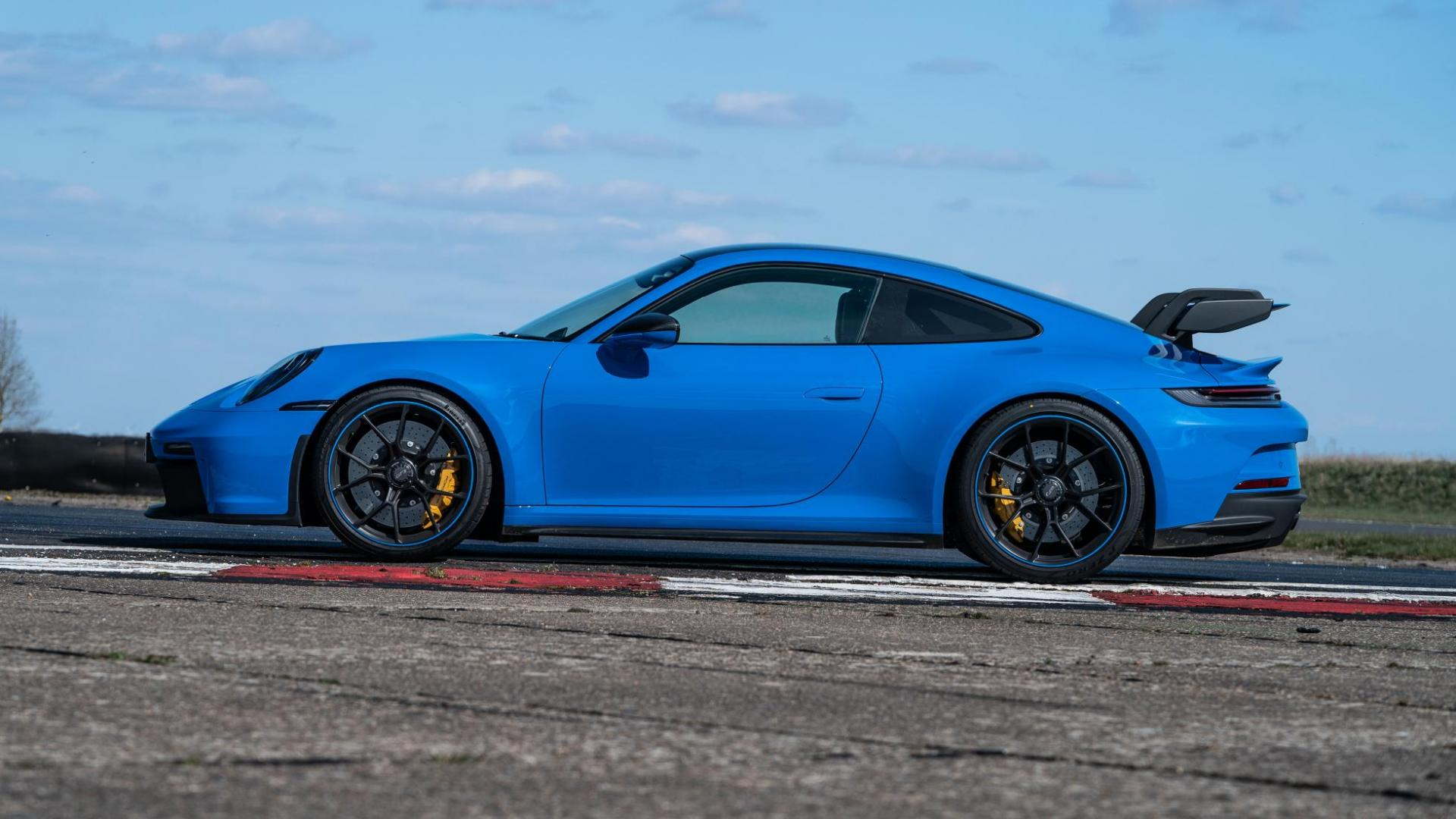 Zijkant Porsche 911 GT3 (2021)