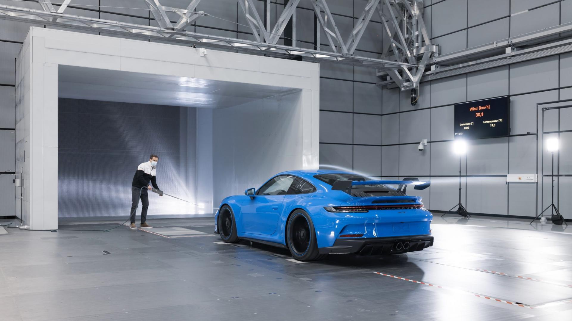 Porsche 911 GT3 in de windtunnel